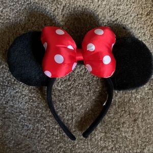 CLASSIC Puffy Minnie Mouse Ears